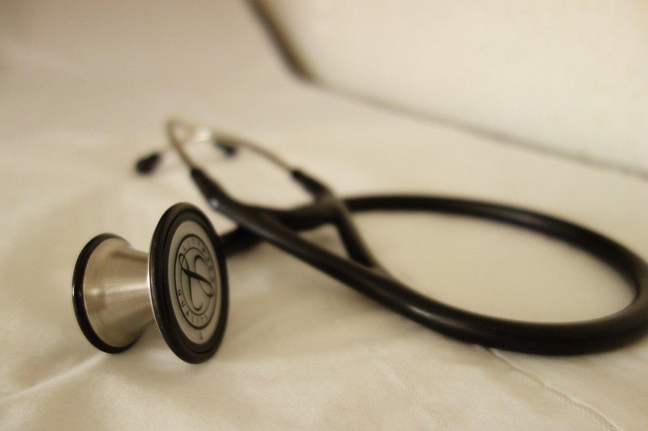 zasiłek chorobowy za dzień częściowo przepracowany