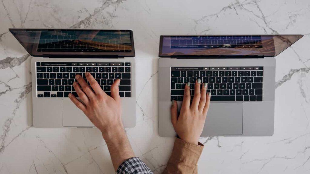 szkolenia online dla pracowników